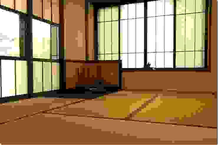 藤の木の家 和風デザインの 多目的室 の 坂東建築設計室 和風