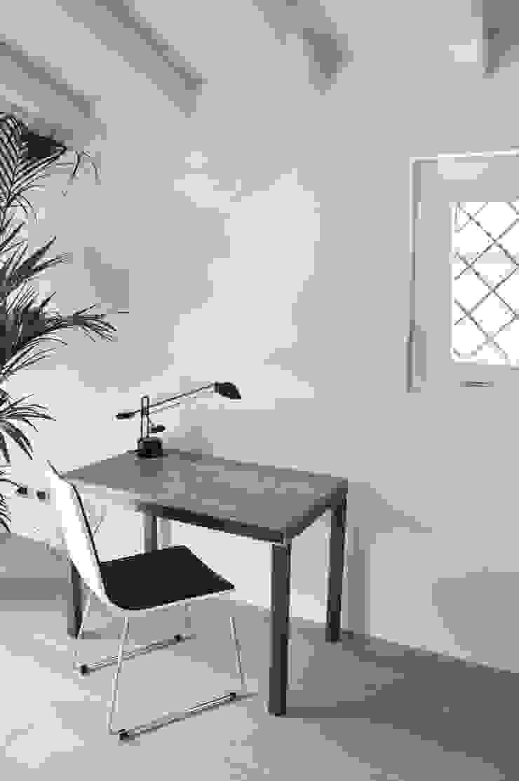 modern  by RIZZINELLI & VEZZOLI ARCHITETTI ASSOCIATI, Modern Wood Wood effect