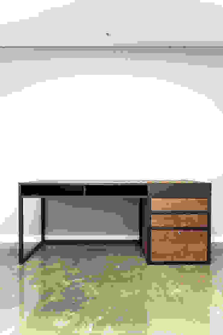 갤러리하우스: 디자인사무실의 현대 ,모던 금속