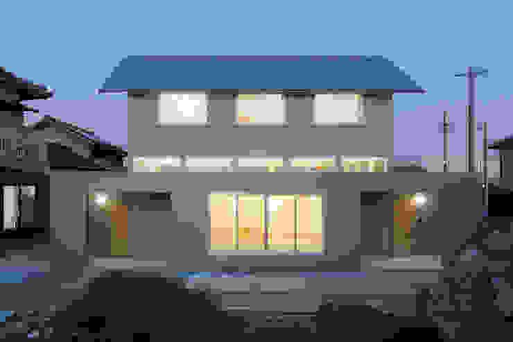 小笠の浮き家/floating house in Ogasa オリジナルな 家 の 後藤周平建築設計事務所 オリジナル 金属