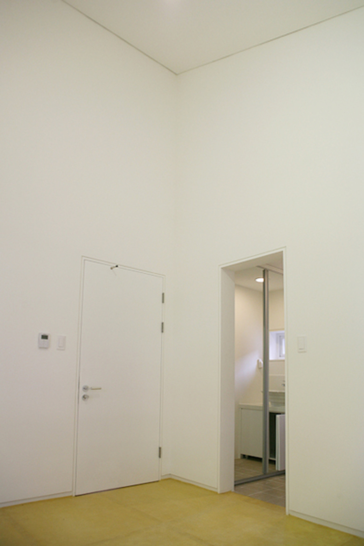 Modern Bedroom by IDÉEAA _ 이데아키텍츠 Modern
