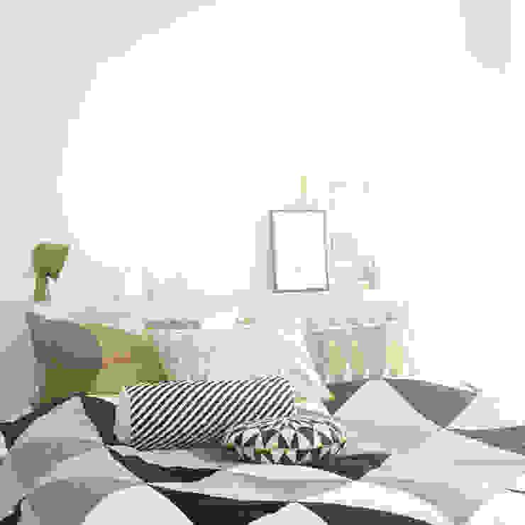 ferm Living - Tagesdecke Remix Connox SchlafzimmerAccessoires und Dekoration