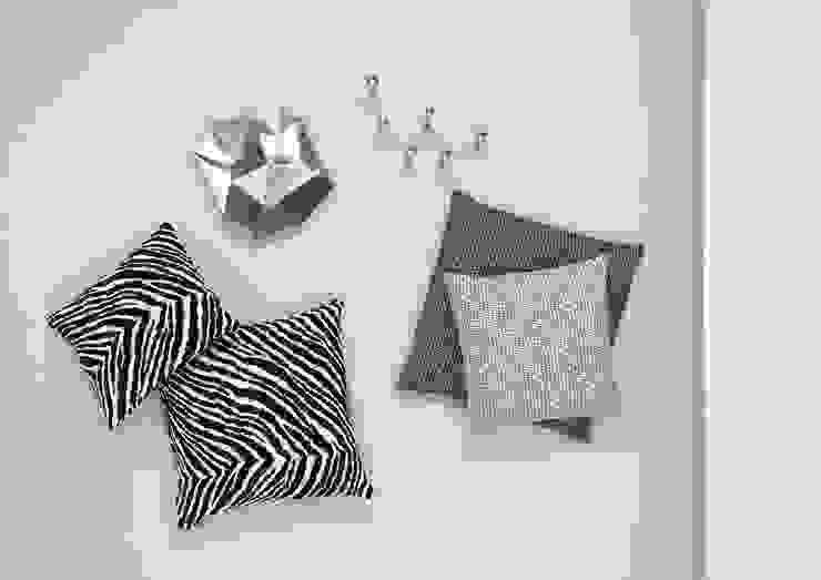 Artek - Zebra Kissenbezug Connox SchlafzimmerAccessoires und Dekoration