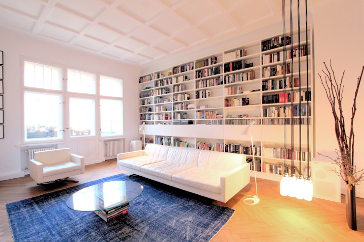 Modern Media Room by WAF Architekten Modern