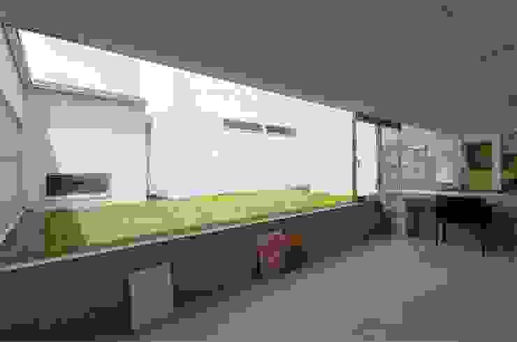 根據 吉村寿博建築設計事務所 現代風