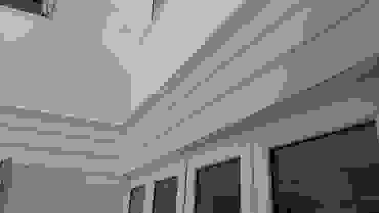 Ventanas de PVC de estilo  por Ahumada Construcciones y Rehabilitación S.L, Clásico Arenisca