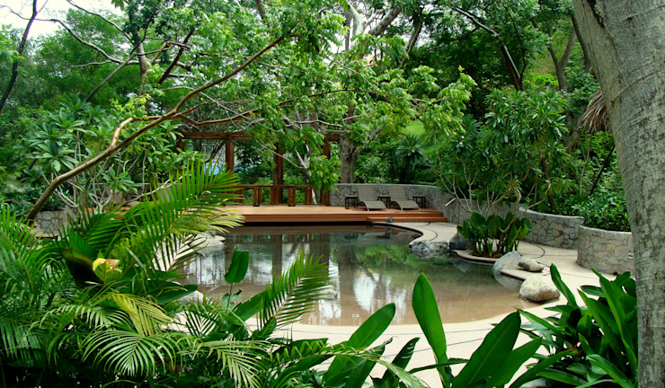 El Descanso Natural Pool Piletas tropicales de BR ARQUITECTOS Tropical