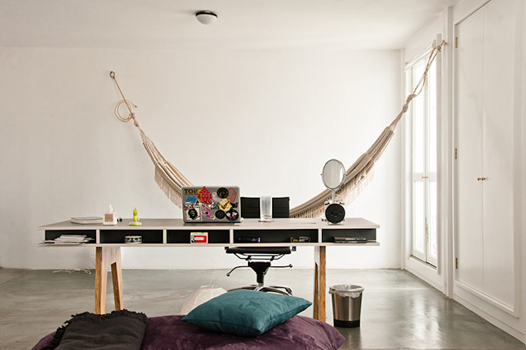 Apartamento en Sabana Grande Oficinas de estilo minimalista de PUNCH TAD Minimalista