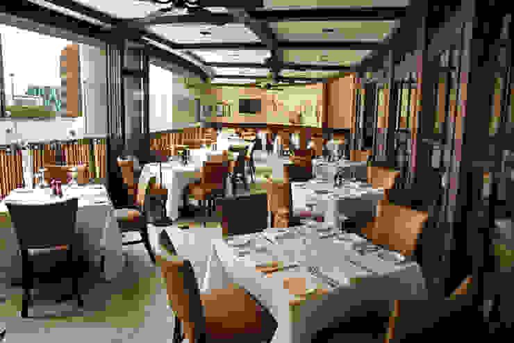 The Palm- Boue Arquitectos Gastronomía de estilo clásico de Boué Arquitectos Clásico