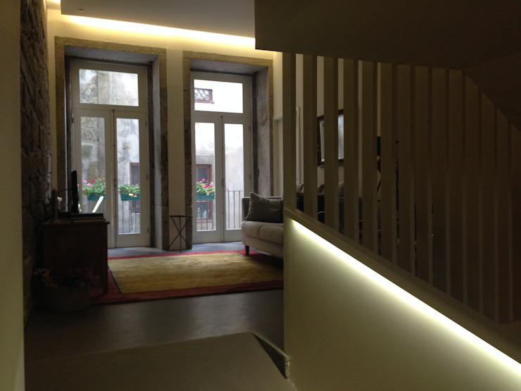 Piso 0 - Sala de Estar Salas de estar ecléticas por Teresa Pinto Ribeiro   Arquitectura & Interiores Eclético