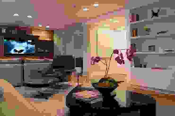 Living 3 MONICA SPADA DURANTE ARQUITETURA Salas de estar modernas
