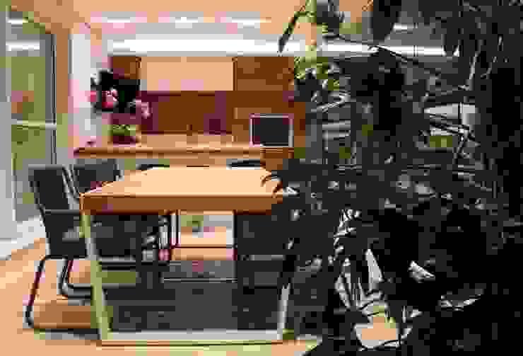 Varanda Gourmet 2 MONICA SPADA DURANTE ARQUITETURA Varandas, alpendres e terraços modernos
