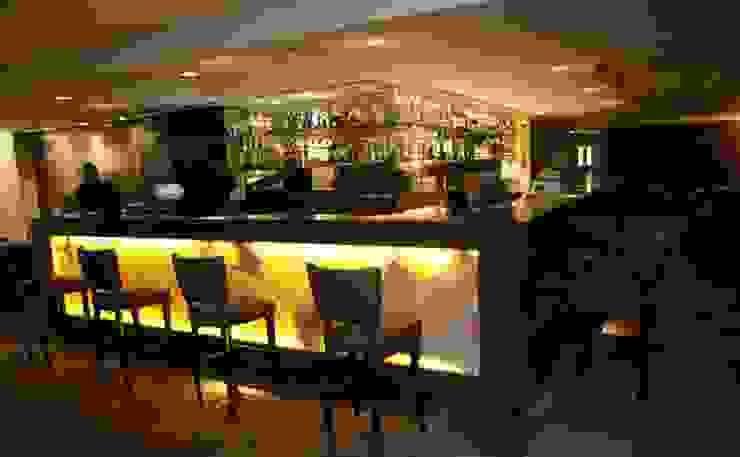 Churchill Lounge Bar por Priscila Machado Arquitetura