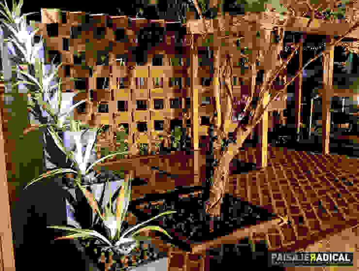 Jardines de estilo  por Paisaje Radical, Moderno