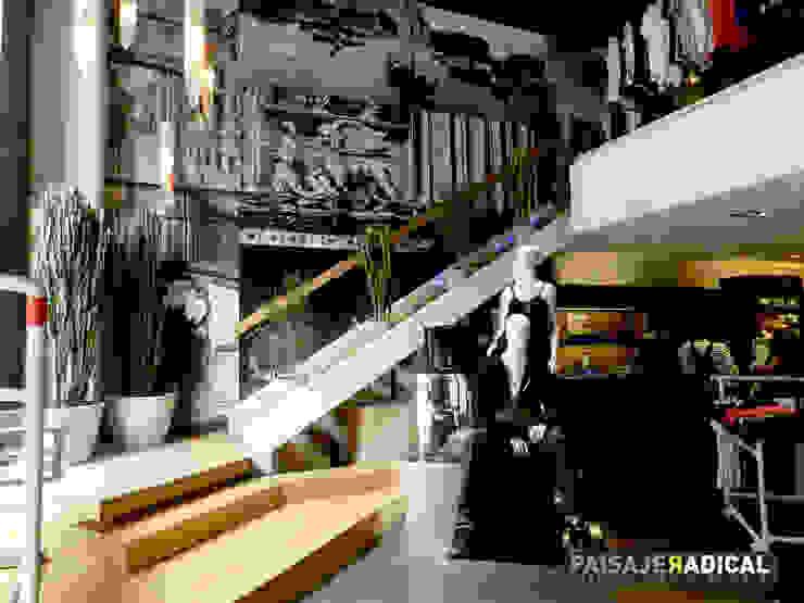 Tienda DIESEL Jardines modernos de Paisaje Radical Moderno
