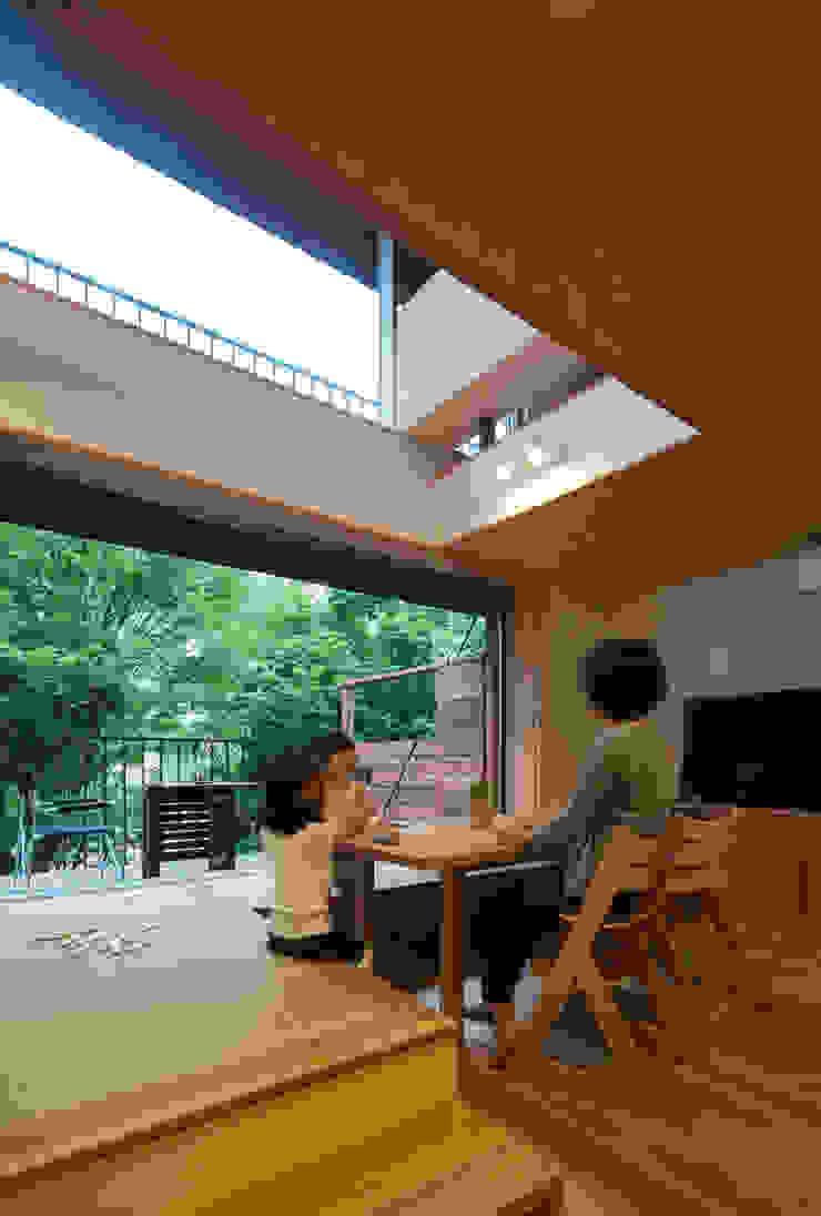 スバコ モダンデザインの ダイニング の 藤森大作建築設計事務所 モダン