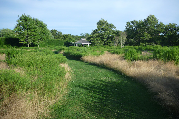 Long Island Residence Taman Gaya Rustic Oleh MK2 international landscape architects Rustic