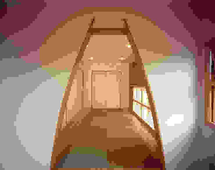 エーディフォー 一級建築士事務所 Dormitorios de estilo asiático