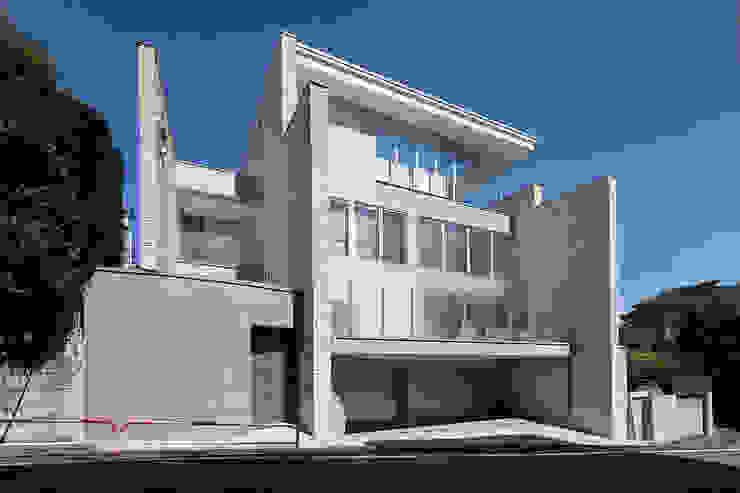 K HOUSE モダンな 家 の 株式会社 t2・アーキテクトデザイン 一級建築士事務所 モダン 木 木目調