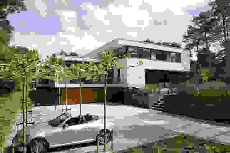 Woonhuis Bosch en Duin Moderne huizen van Maas Architecten Modern