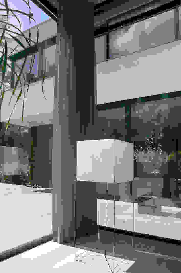 Woonhuis Bosch en Duin Moderne woonkamers van Maas Architecten Modern