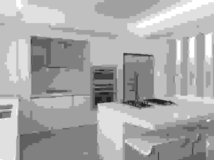 . Cocinas de estilo minimalista de RRA Arquitectura Minimalista