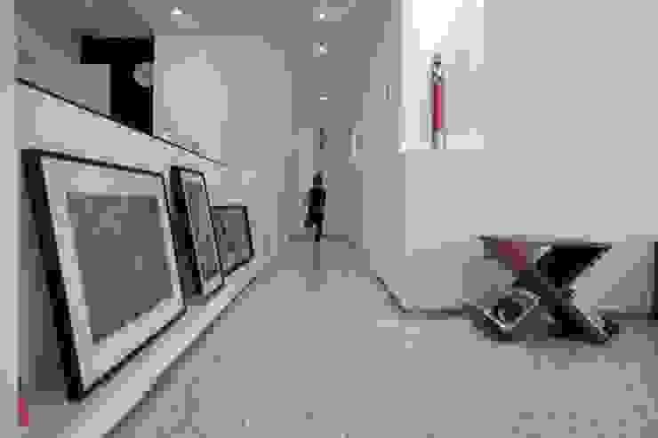 4 Salas de estilo minimalista de RRA Arquitectura Minimalista