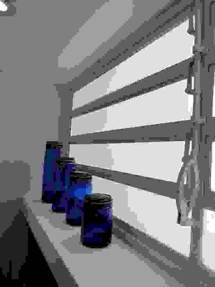 11 RRA Arquitectura Pasillos, vestíbulos y escaleras de estilo minimalista