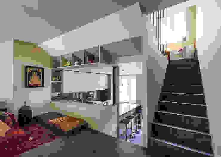 Moderne keukens van XYZ Arquitectos Associados Modern