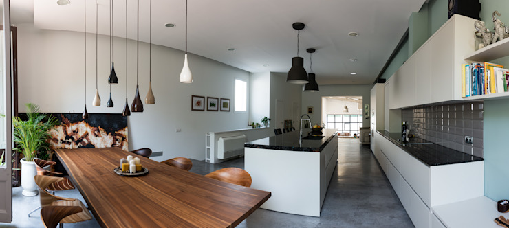 Cocina - comedor | Reforma Loft Barcelona | Standal Cocinas de estilo moderno de homify Moderno