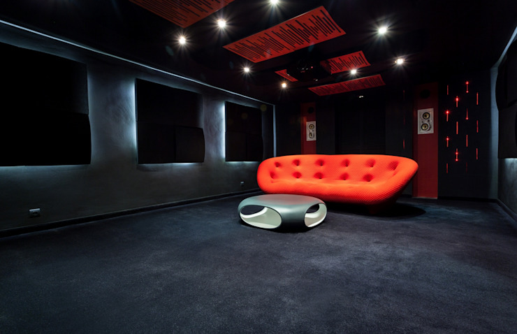 Sala kinowa Nowoczesny pokój multimedialny od Venturi Home Solutions Nowoczesny Tekstylia Złoty