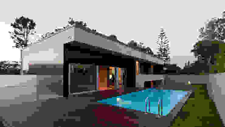 Casa AA_3 Casas modernas por XYZ Arquitectos Associados Moderno