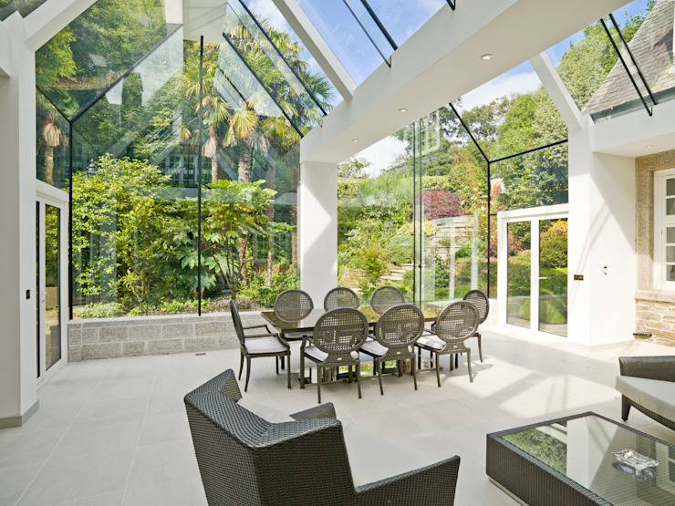 Structural Glass Conservatory, Cornwall من The Bazeley Partnership حداثي زجاج