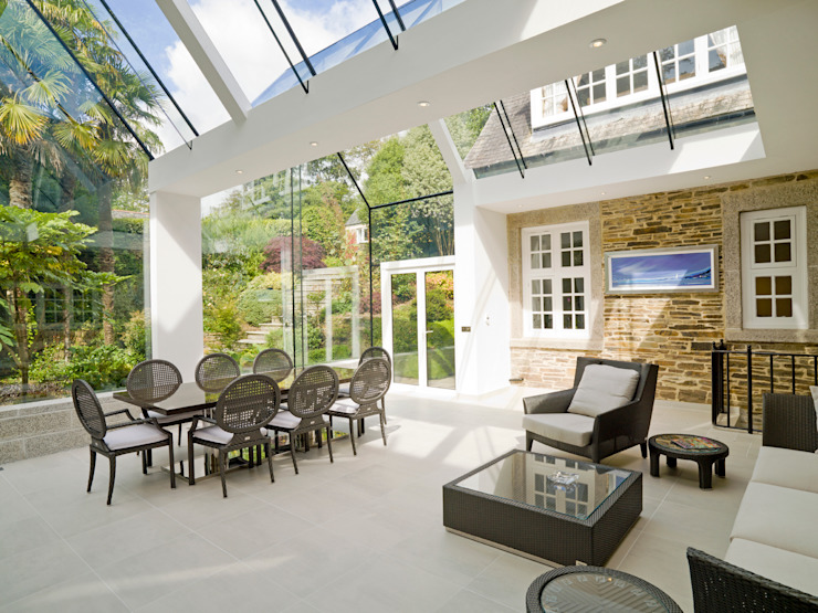 Structural Glass Conservatory, Cornwall Jardines de invierno de estilo moderno de The Bazeley Partnership Moderno Vidrio