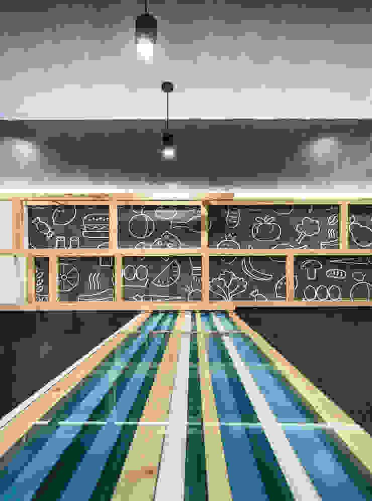 HM_3 Espaços de restauração modernos por XYZ Arquitectos Associados Moderno