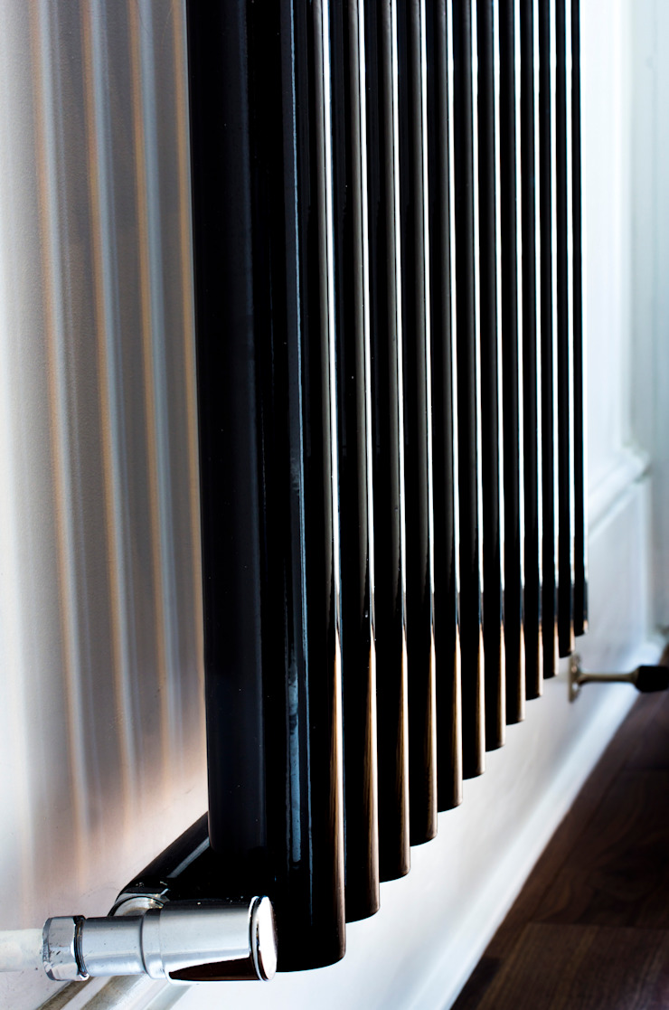 Modern bedroom radiator Affleck Property Services BedroomAccessories & decoration Metallic/Silver
