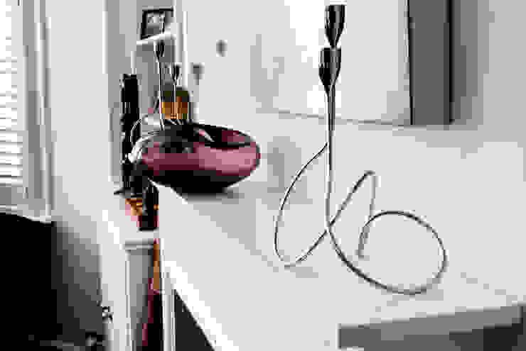 Ground Floor Refurbishment—Gaskarth Road, Clapham Affleck Property Services Living roomAccessories & decoration Purple/Violet