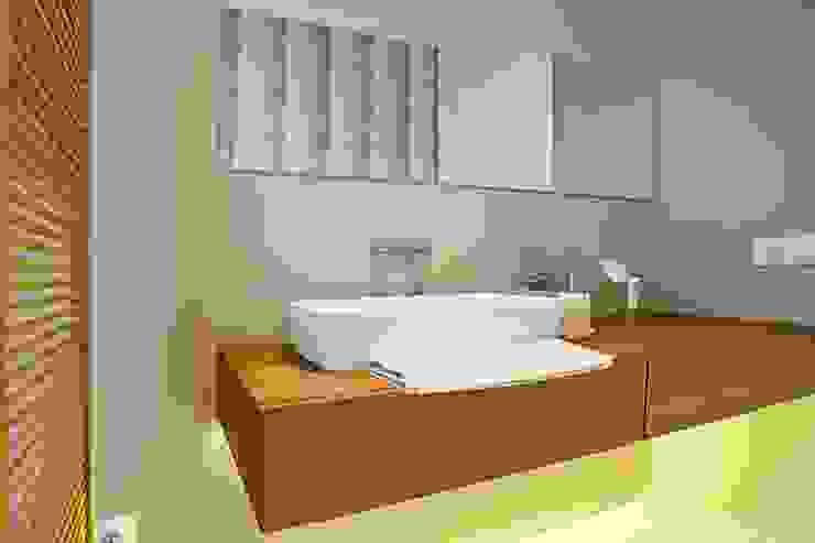 VIVIENDA Baños de estilo minimalista de ABAD Y COTONER, S.L. Minimalista