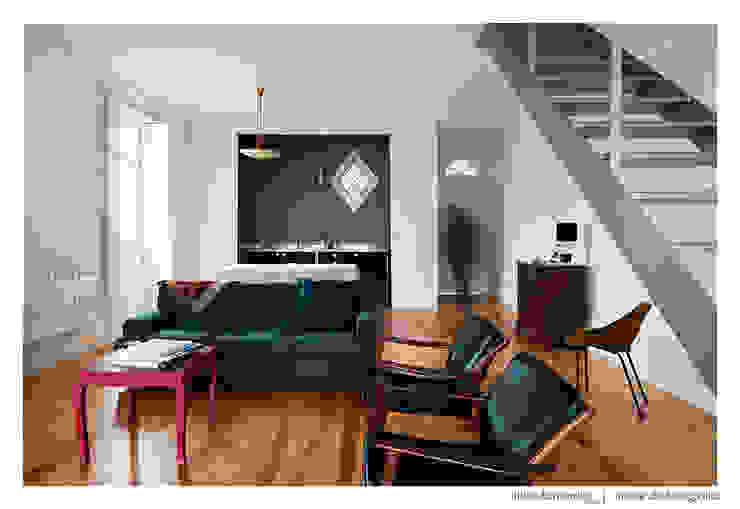 Modern living room by BAAU - Bernardo Amaral Arquitectura+Urbanismo Modern
