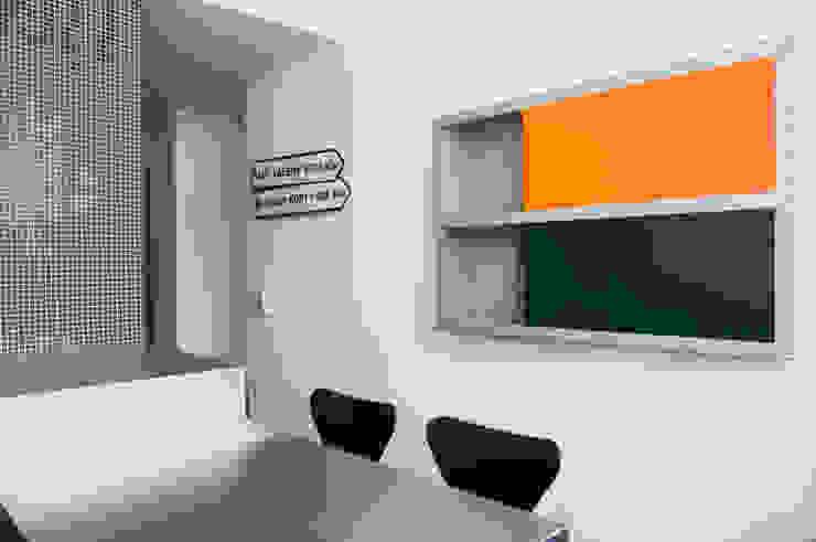 Casa JCSP_9 Cozinhas modernas por XYZ Arquitectos Associados Moderno