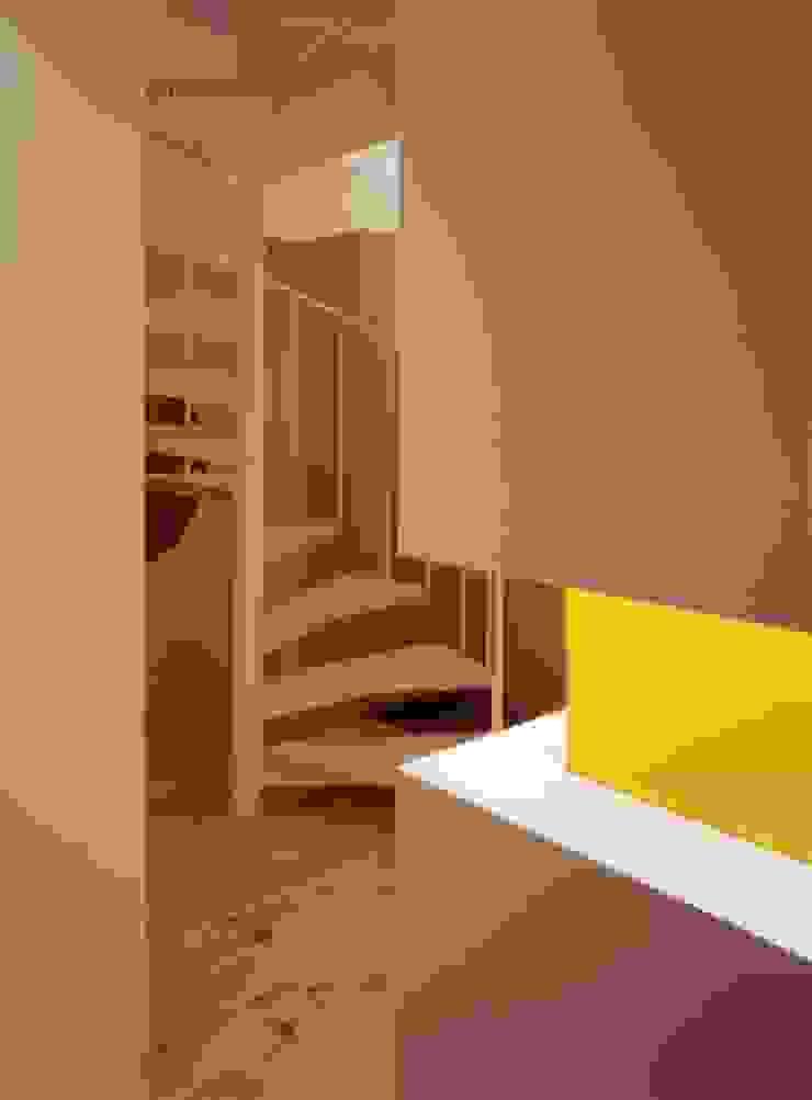 大林邸 モダンスタイルの 玄関&廊下&階段 の MAY COMPANY & ARCHITECTS モダン