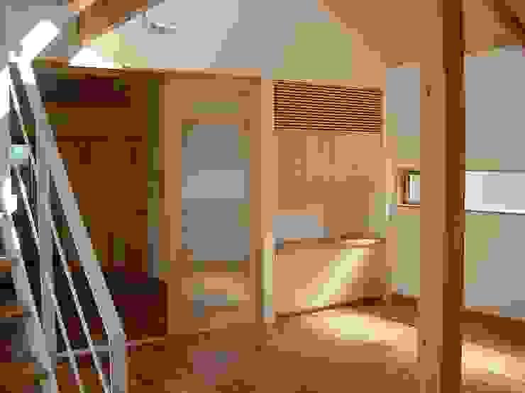 K-HOUSE モダンスタイルの寝室 の 雨川建築設計室 モダン