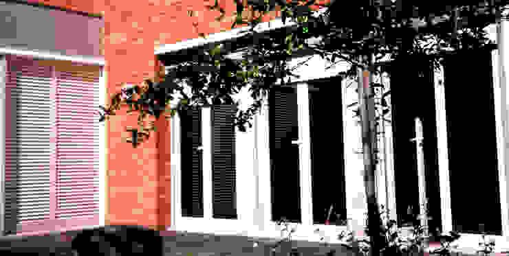 Janela Janelas e portas modernas por MANUEL CORREIA FERNANDES, ARQUITECTO E ASSOCIADOS Moderno