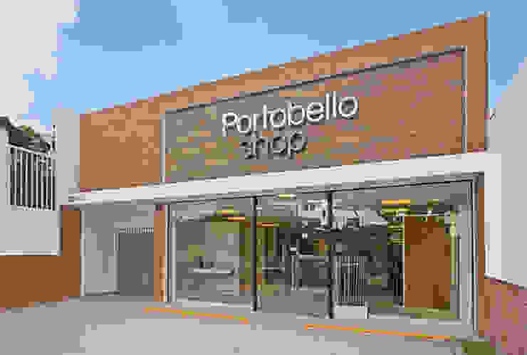 LOJA PORTOBELLO Lojas & Imóveis comerciais modernos por AMAC CONSTRUTORA Moderno