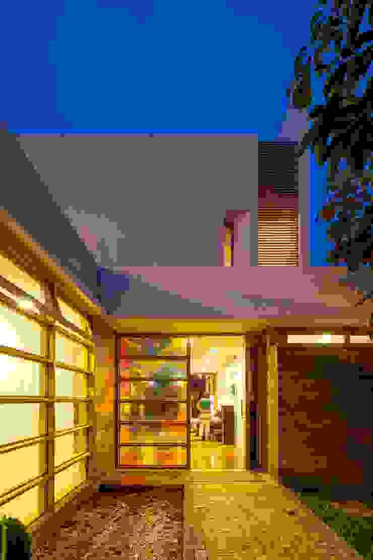 Maisons modernes par MGS - Macedo, Gomes & Sobreira Moderne