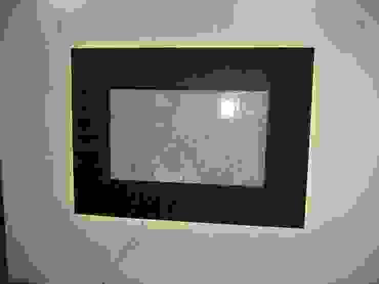 led tv panel Modern living room by Mohali Interiors Modern Plastic