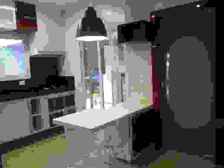 Residência Vale do Paraíba - SP Cozinhas modernas por ANALU ANDRADE - ARQUITETURA E DESIGN Moderno