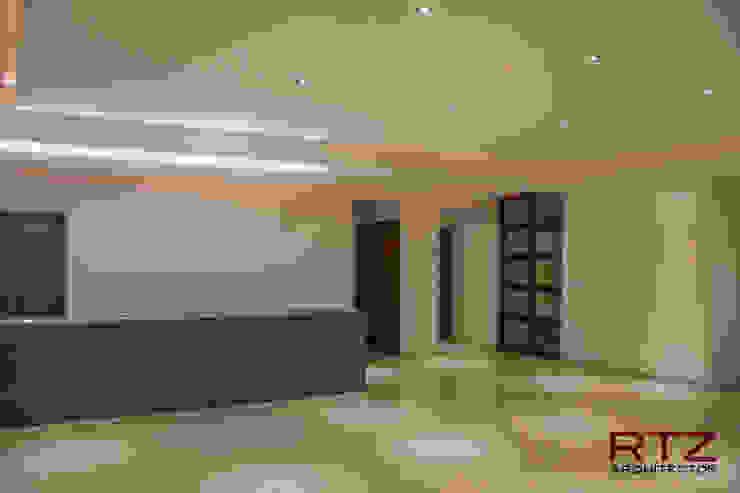 Sala y comedor Livings de estilo moderno de RTZ-Arquitectos Moderno