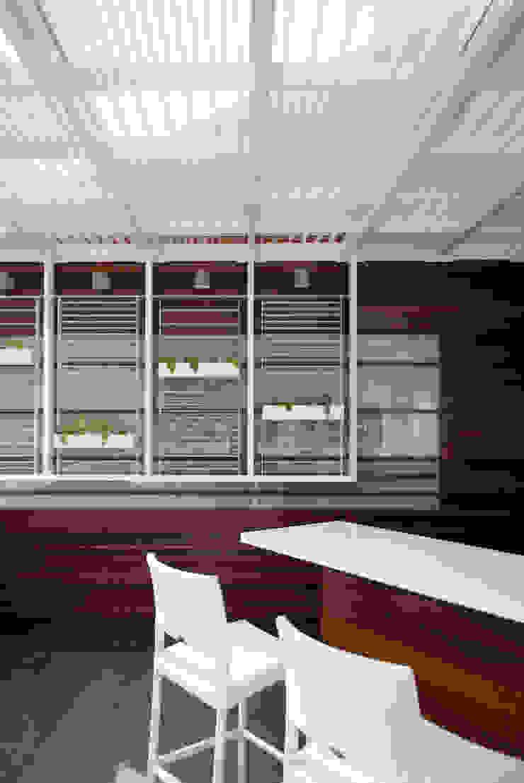 PH Castellana Real Balcones y terrazas de estilo moderno de VODO Arquitectos Moderno