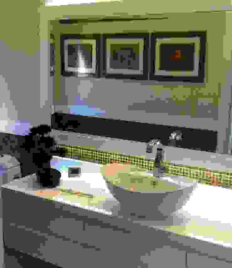 Lavabo Ariane Labre Arquitetura Banheiros modernos Ambar/dourado